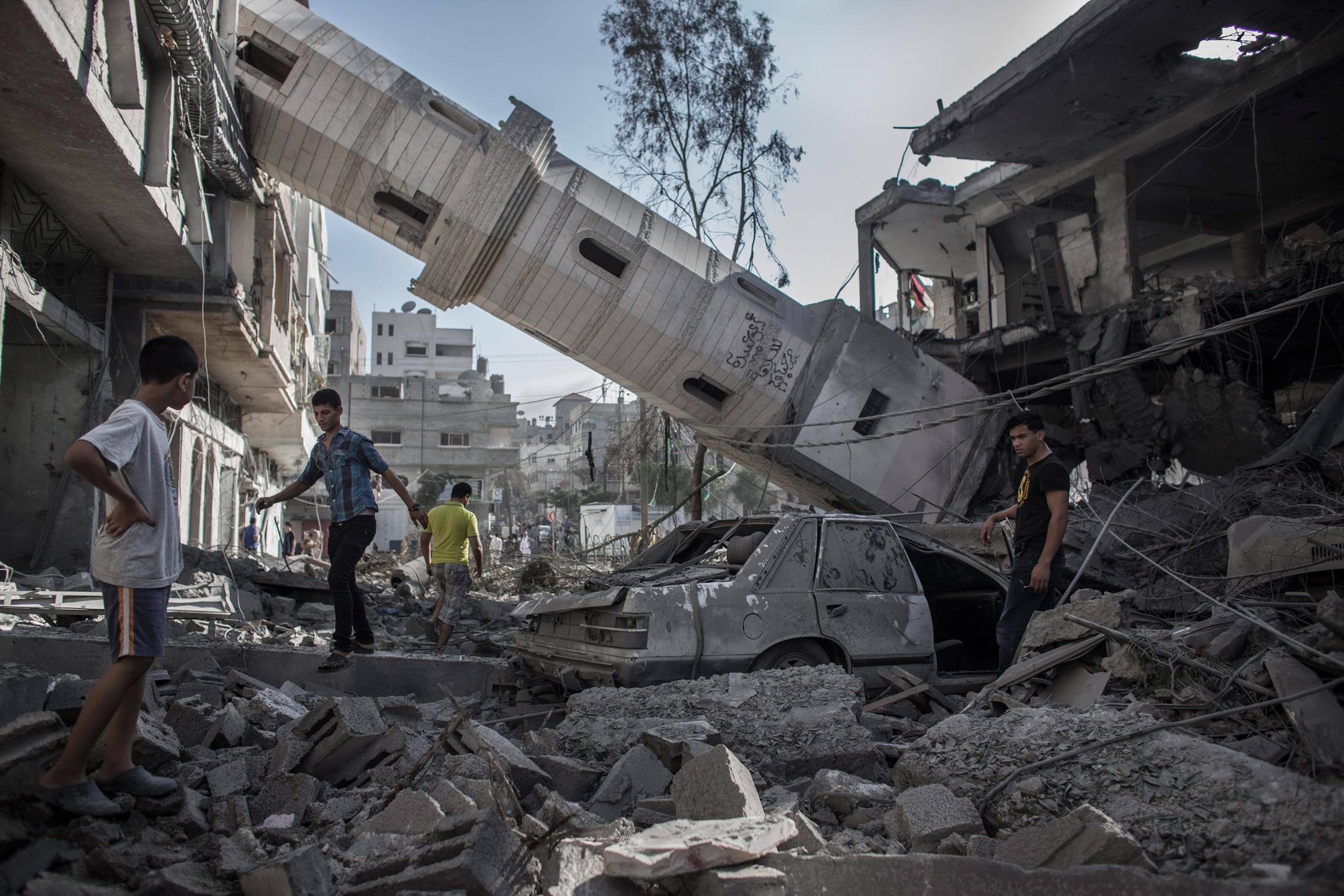 140730-gaza-minaret-toppled-920a_6ebe0a6823b34ee0fdaddf07ed5d99e7