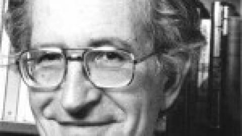 La fabrication du consentement : Noam Chomsky et les médias [1992]